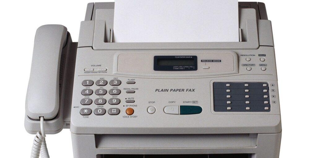Old Fax Machine - Hans van Putten - Blog